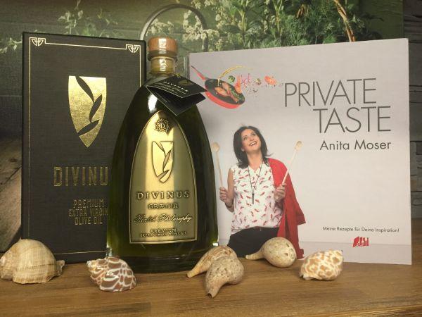 Divinus 500ml Luxury Glasflasche + Kochbuch 'Private Taste'